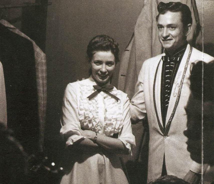 June-Carter-and-Johnny-Cash-1956