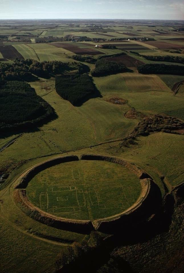 Viking ring castle
